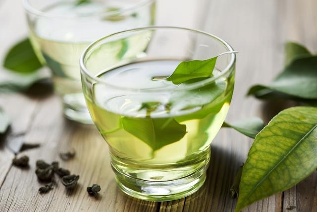 Cronicamente viável: Chá de boldo